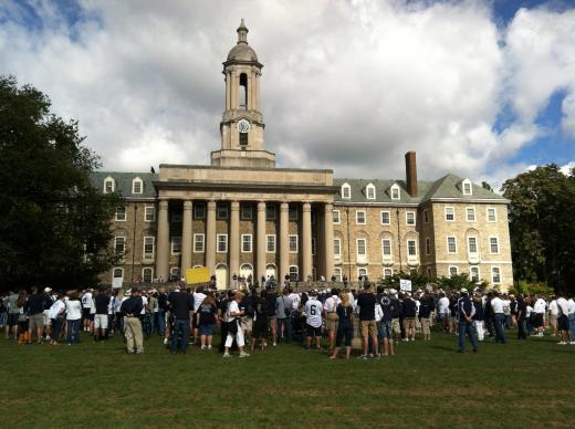 'Rally for Resignations' Draws Crowd of a Few Hundred  on Game Day
