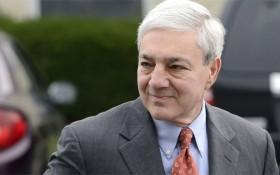 Spanier Requests Stay in Defamation Lawsuit Against Freeh