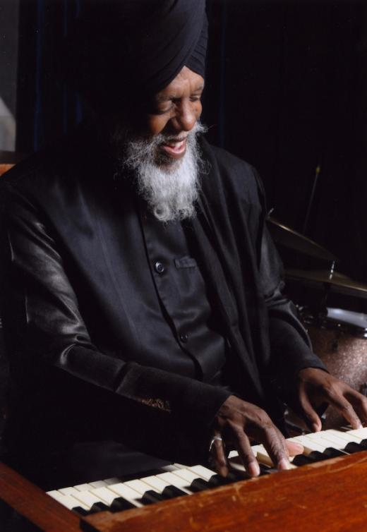 Organist Dr. Lonnie Smith and his Octet to Perform Nov. 21 at Schwab