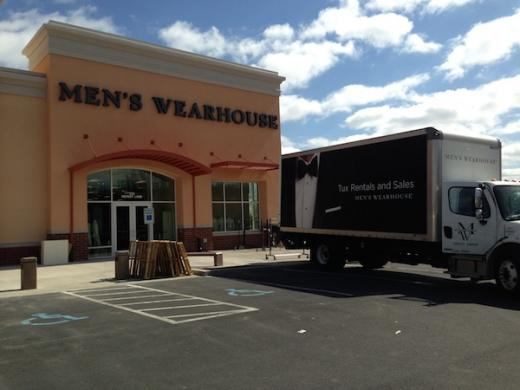 Men's Wearhouse Opens State College Store