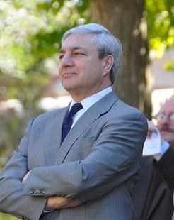 Freeh Makes Case to Stop Delay in Spanier Defamation Lawsuit