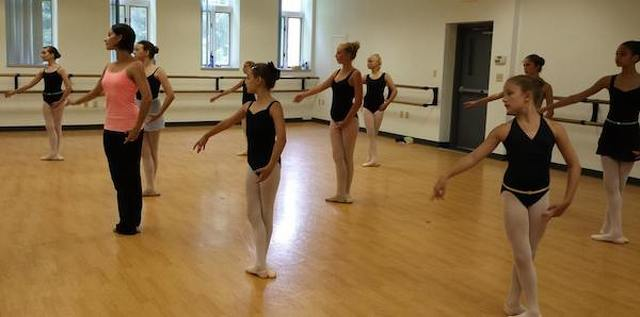 Professional Dancer Helps State College Ballet Students Develop Skills
