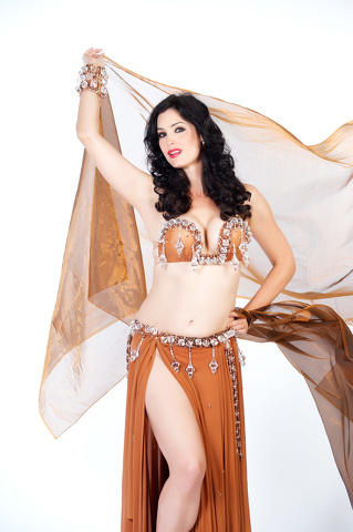 International Belly Dancing Star to Perform in State College