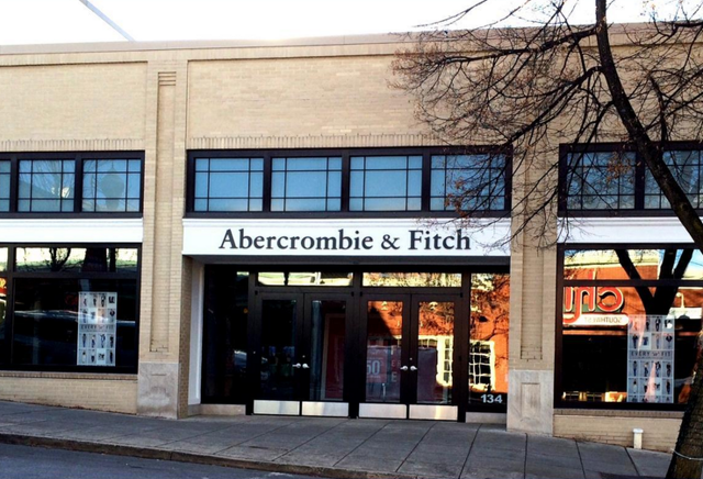 Allen Street Abercrombie & Fitch Closes Its Doors