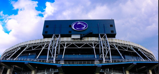 Penn State Players Debate Following Michigan/Ohio State Game Result Prior To 3:30 Kick