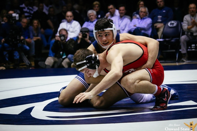 Penn State Wrestling Rolls Past Rutgers to Improve to 7-0