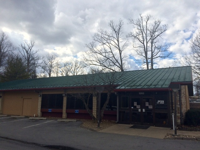 State College Denny's Closes