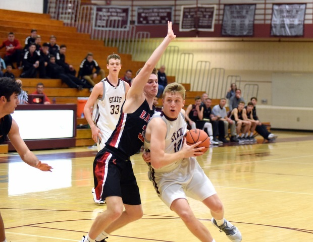 State High Boys Basketball Looks for Repeat Against Altoona