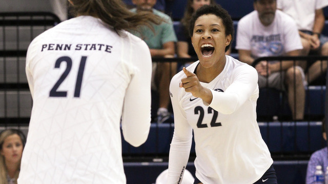 No. 5 Penn State Women's Volleyball Survives Texas A&M
