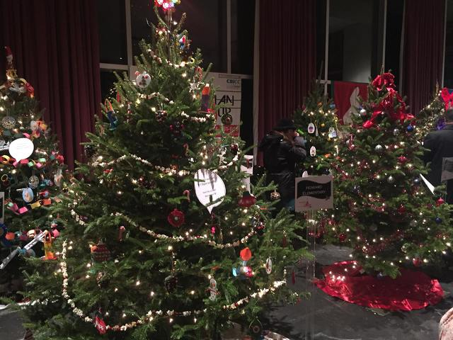 Festival of Trees Brings Holiday Cheer in Support of United Way
