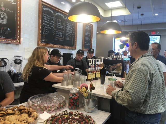 Good Day Cafe Opens Its Doors