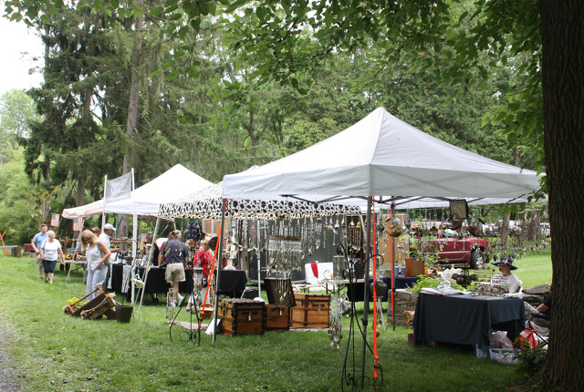 Antique Faire Brings a Different Aspect to Festival Weekend