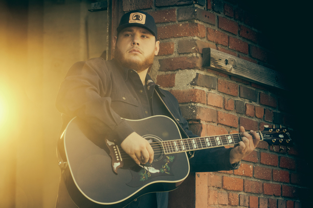 Luke Combs Bringing 'What You See Is What You Get' Tour to Bryce Jordan Center
