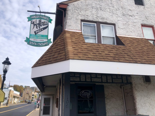 Hofbrau Pizza Partners with Otto's, Barrel 21