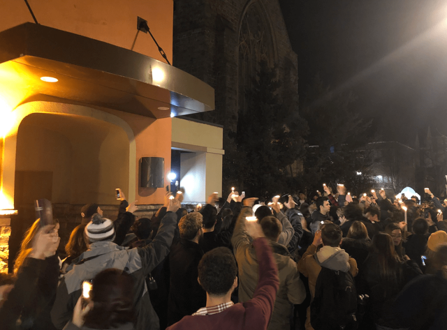 Penn State Students Hold Vigil for Closed Taco Bell
