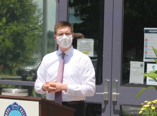Commissioners' Resolution Encourages Wearing Masks in Centre County