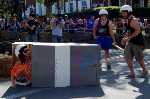 Photos: Red Bull Greek Week Chariot Race