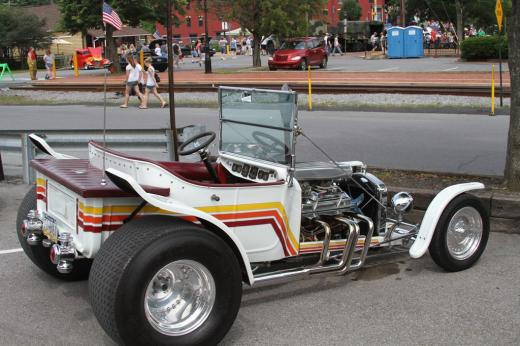 PHOTOS: 2011 Bellefonte Cruise Draws a Crowd