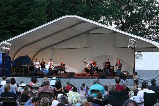 From Bluegrass to Rock, Festival's Saturday Entertainment Offers Variety