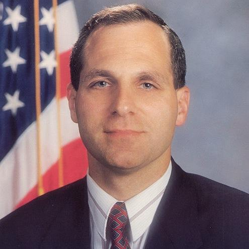 Former FBI Director Freeh Named to Lead Penn State Investigation