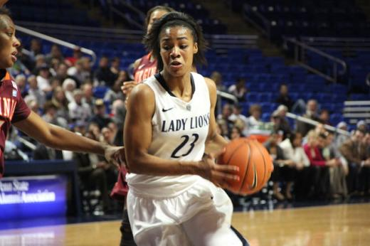 Lady Lions: Penn State Wins Fourth Straight, Defeats Iowa by 16