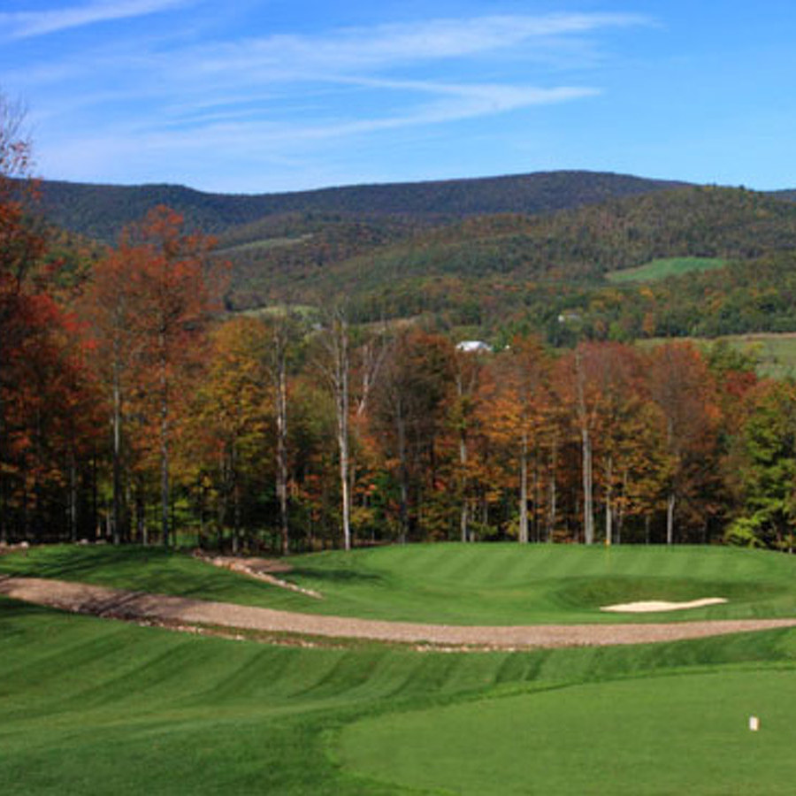Skytop Mountain's par-3 event challenges skills