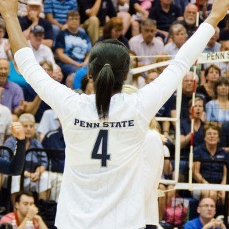 No. 1 Women's Volleyball Downs No. 2 Stanford In Front Of 6,000+ At Rec Hall