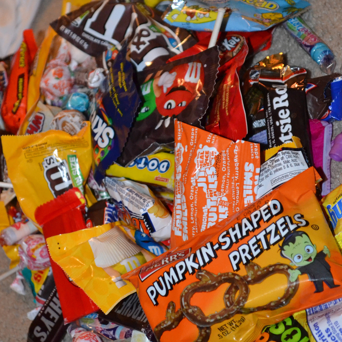 Tricks to finding allergy-safe Halloween treats