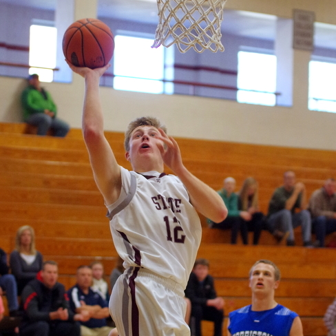 State College boys' basketball team starts 1-1 at tourney