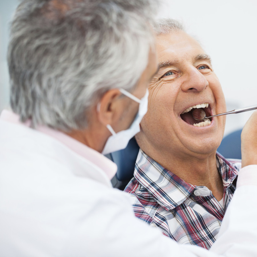 Seniors' oral health may be linked to cognitive decline rate