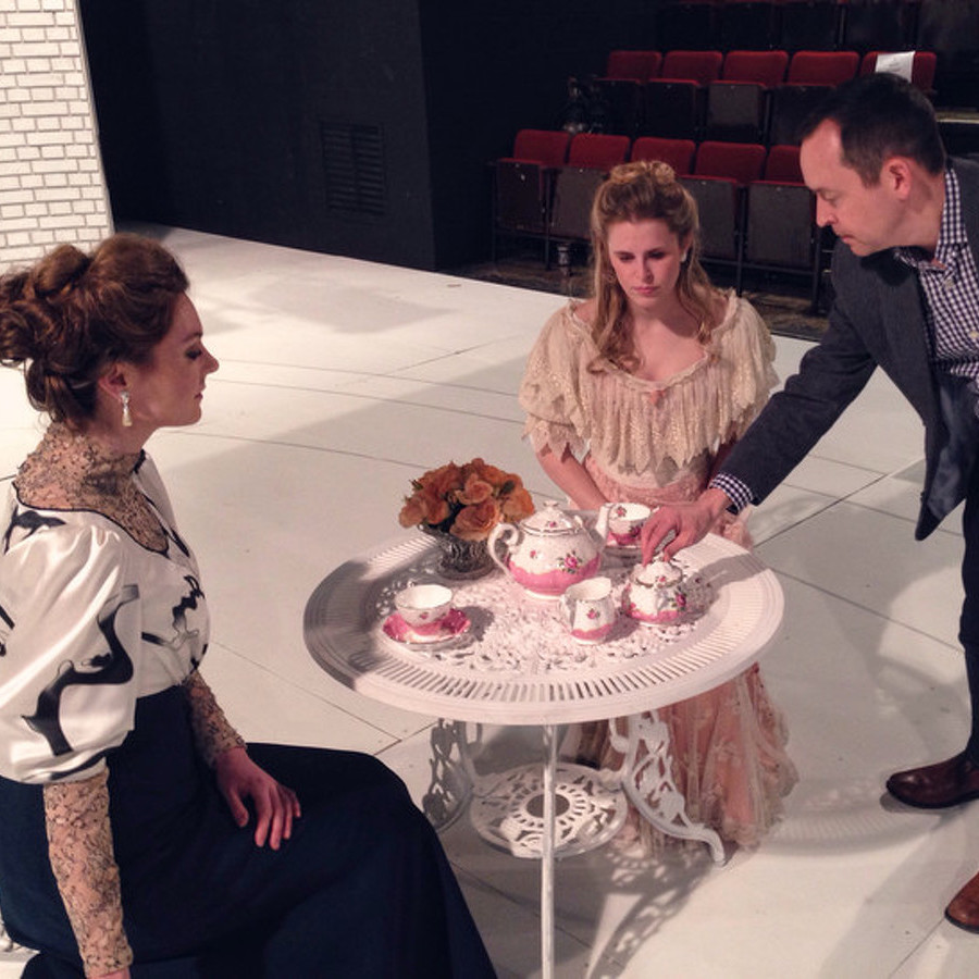 'The Importance of Being Earnest' Set to Open at Pavilion Theatre