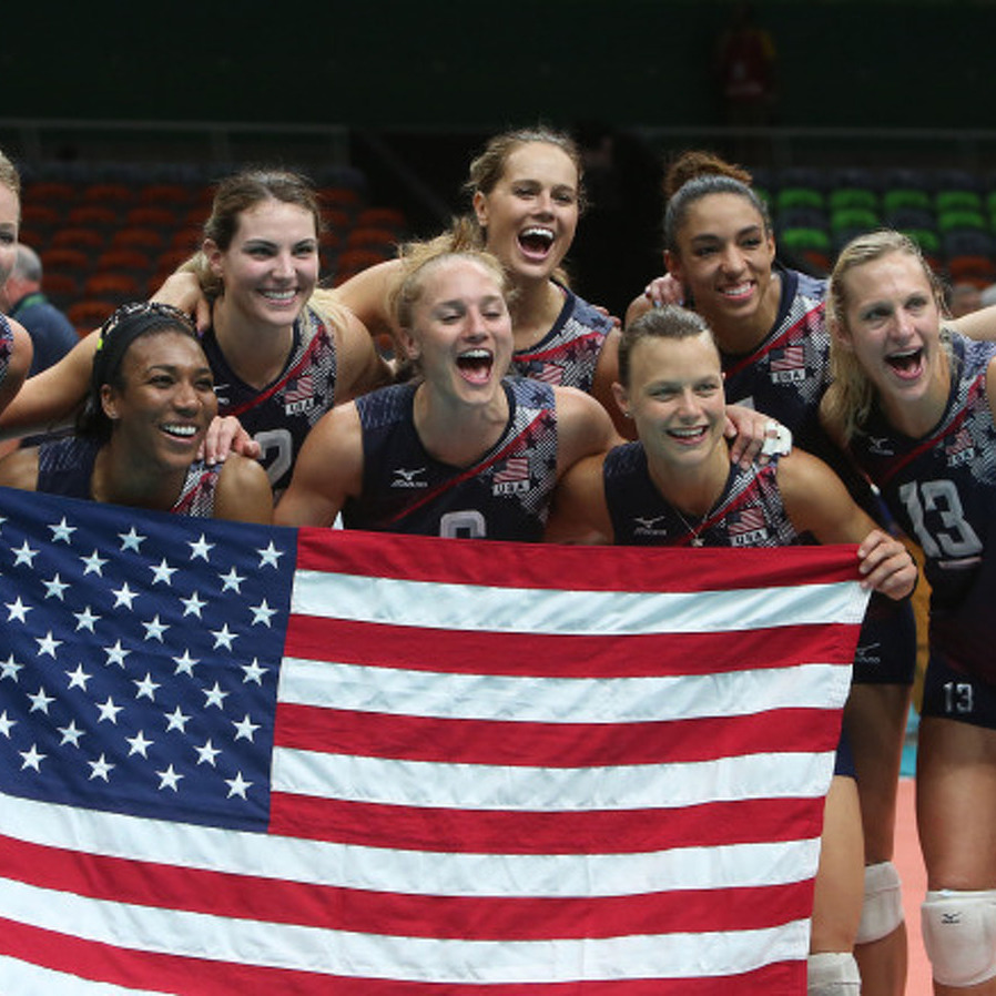 Penn State alumni Dietzen, Glass Win Bronze in Women's Volleyball