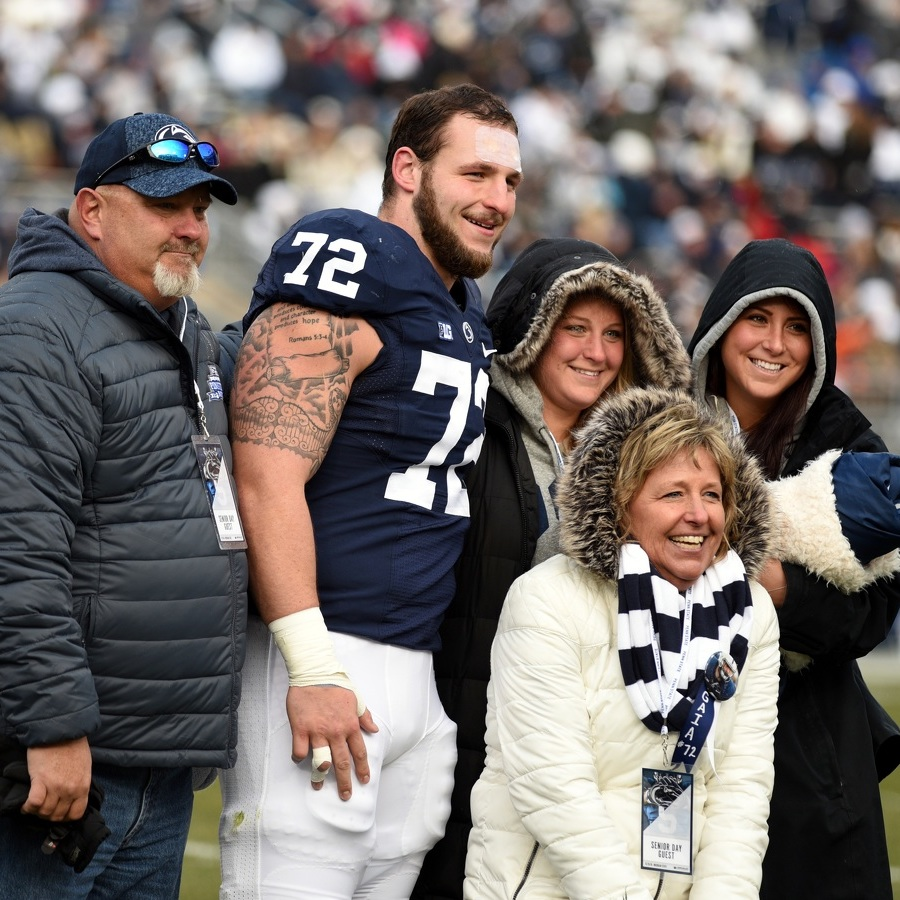 Penn State football: seniors stuck with Nittany Lions through darkest days