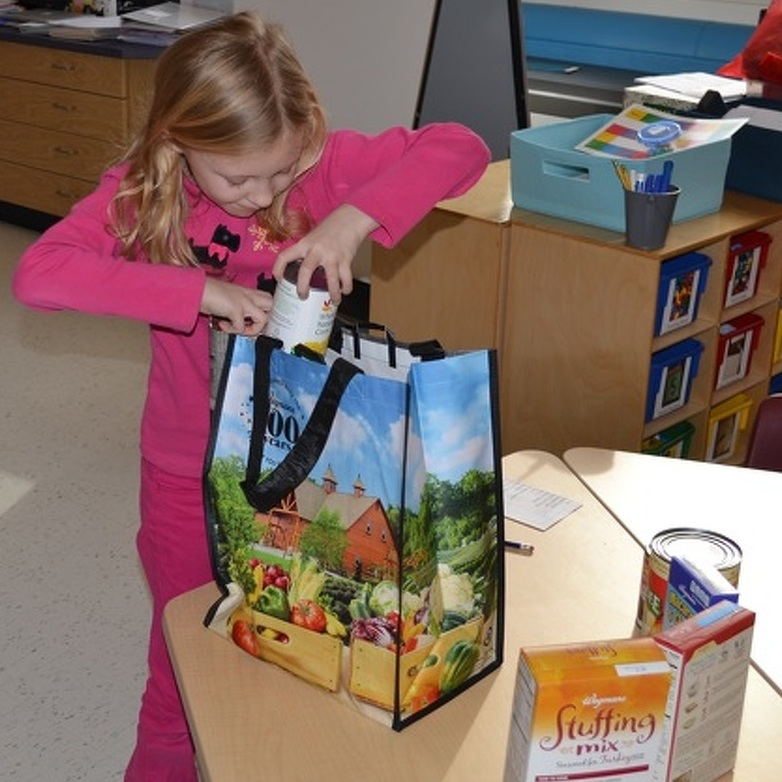 State College Elementary School Students Give Back for the Holidays