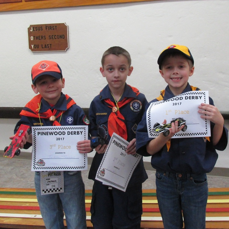 Centre Hall Cub Scouts go racing at Pinewood Derby