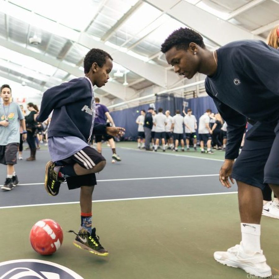 Kids Show Their Competitive Side at THON Athlete Hour