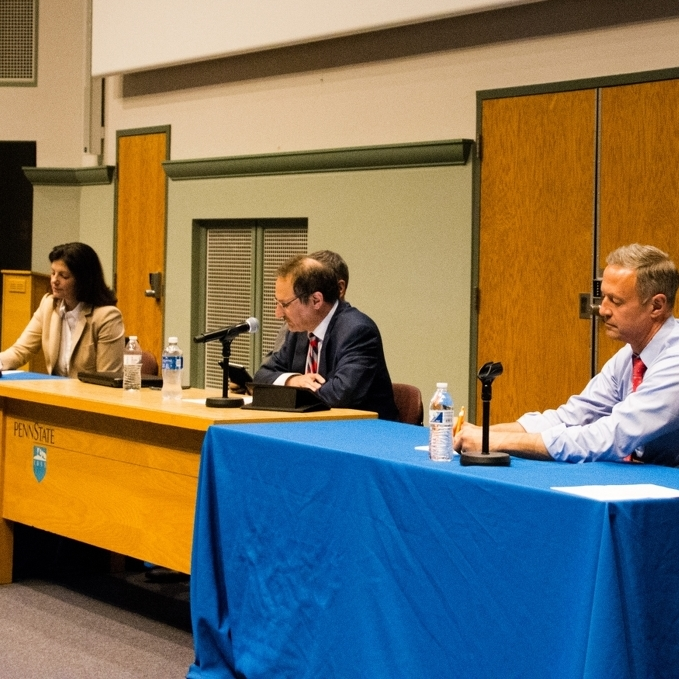 O'Malley, Ayotte Debate the Current State and Future of American Politics