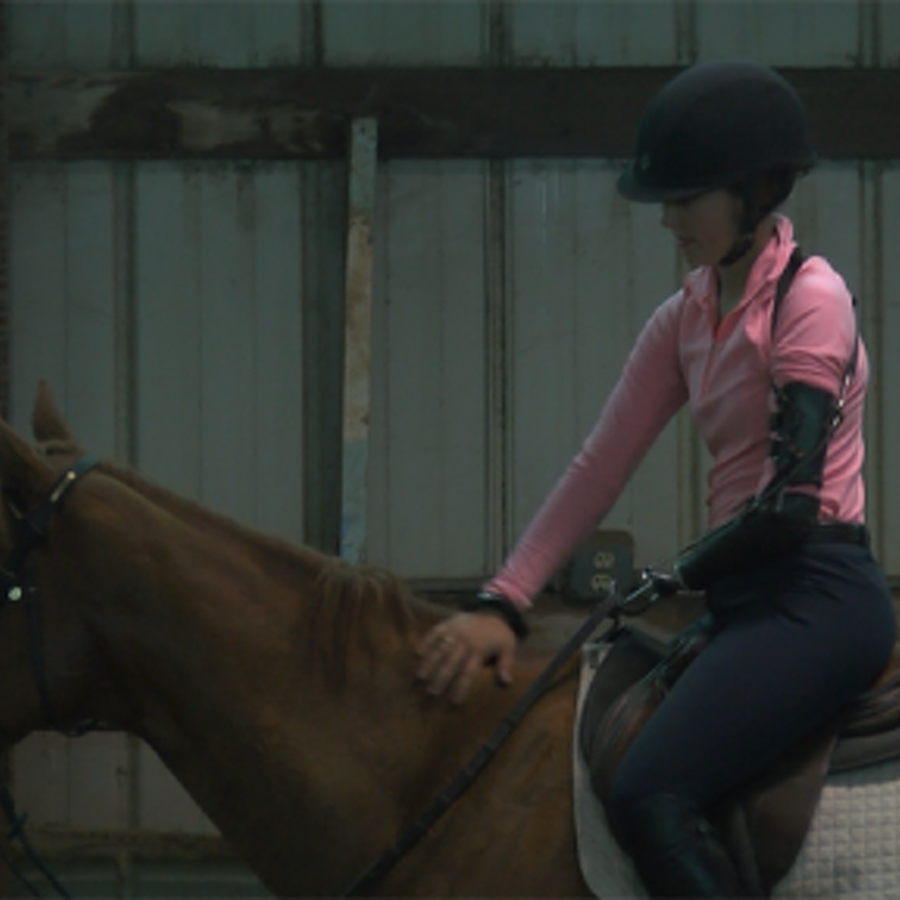 Born with One Hand, Penn State Equestrian Team Standout Is an Accomplished Athlete