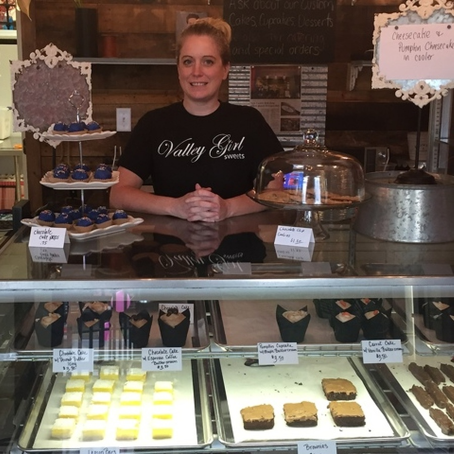 Valley Girl Sweets Opens in Centre Hall
