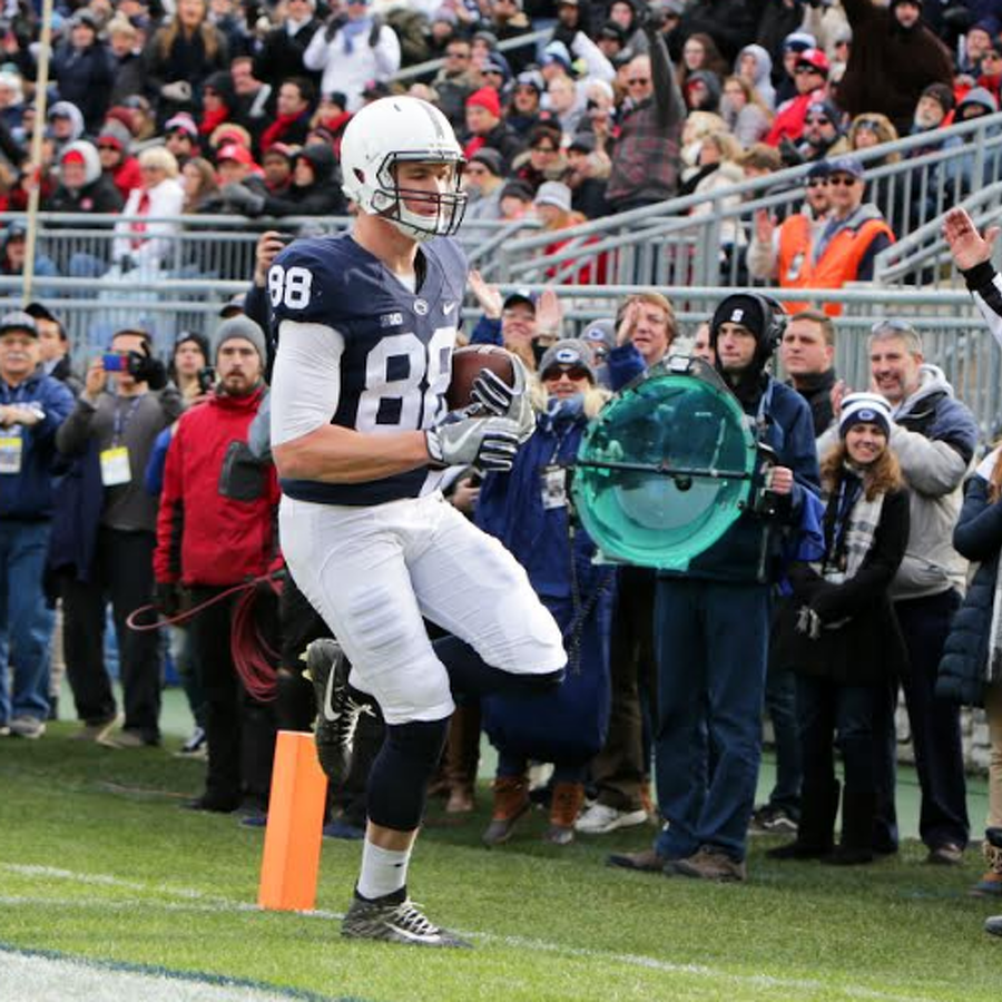 Penn State Football: Barkley And Gesicki Take Home Sporting News Honors