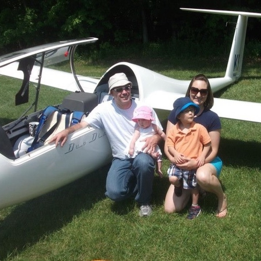 State College Man Soars into World Gliding Championships