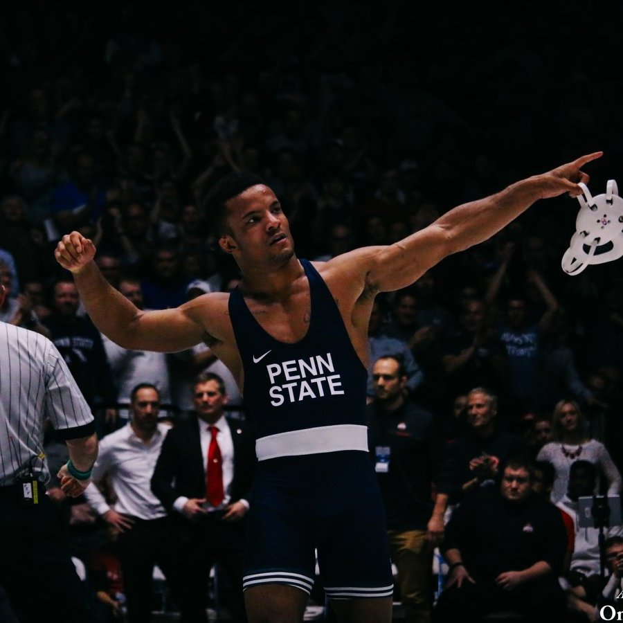 Penn State Wrestling Sends 5 to NCAA Finals, Takes Team Lead