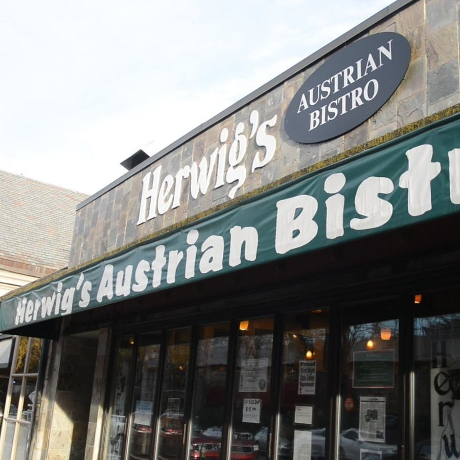 Herwig's Austrian Bistro to Close