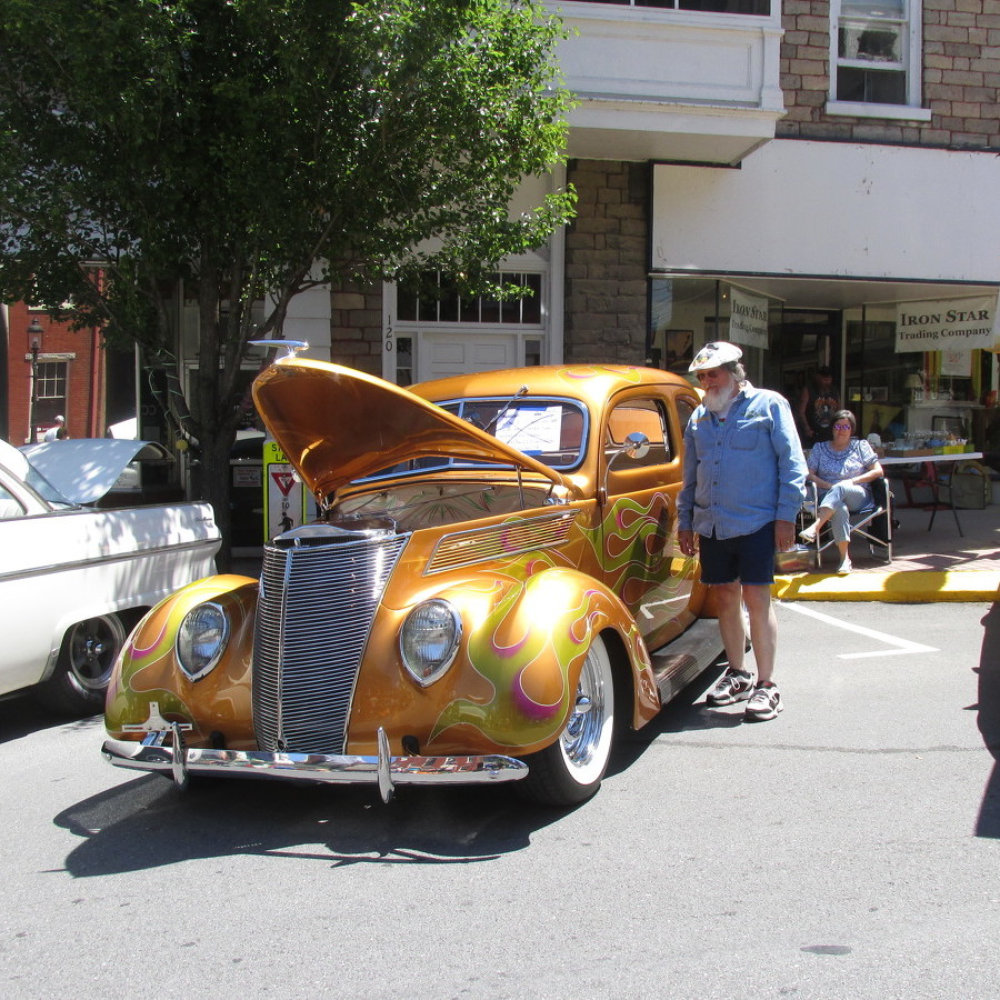 Classic cars take over Bellefonte during annual Cruise