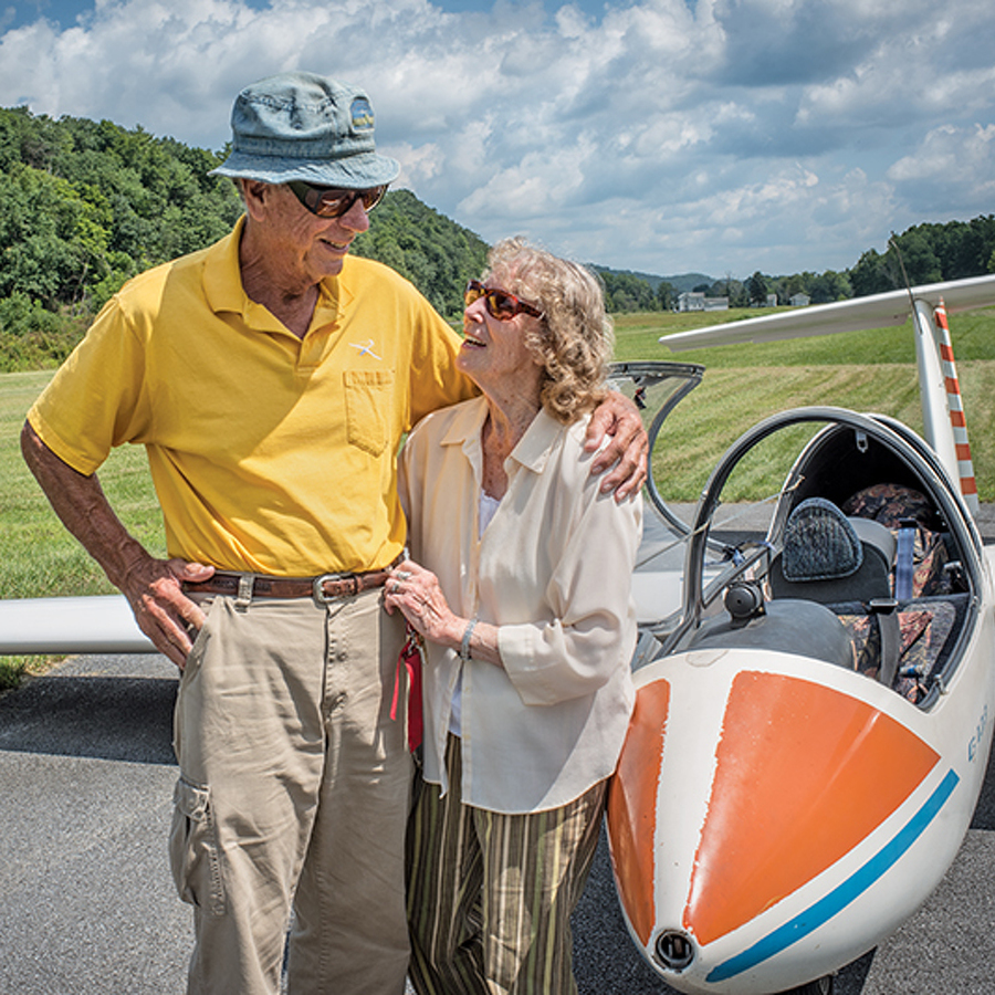 Legendary Julian glider pilots soar through life