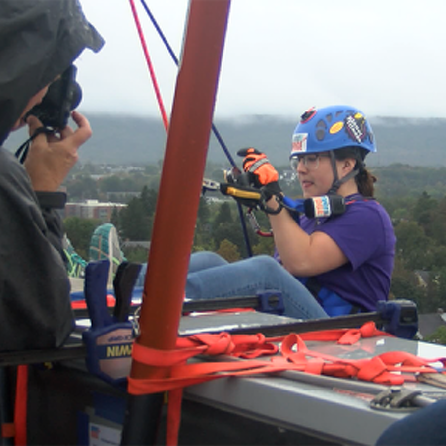 Local Residents Go 'Over the Edge' at Fraser Centre for Two Good Causes