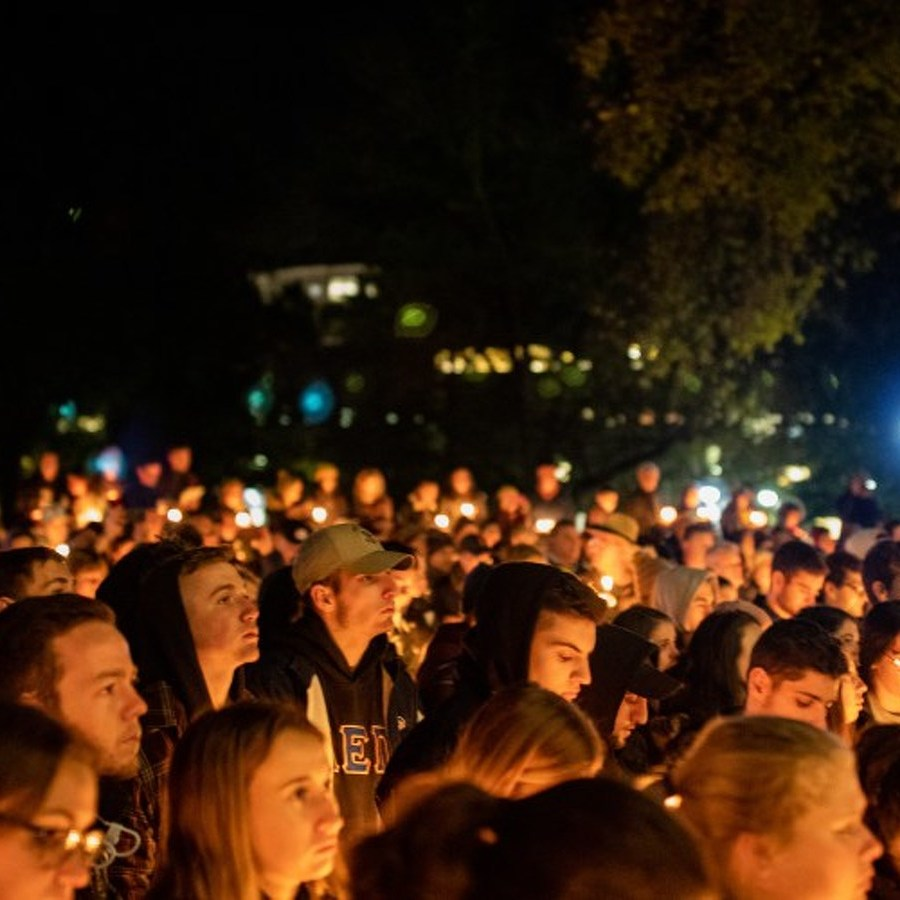 Photos: Local Community Gathers to Remember Pittsburgh Synagogue Shooting Victims