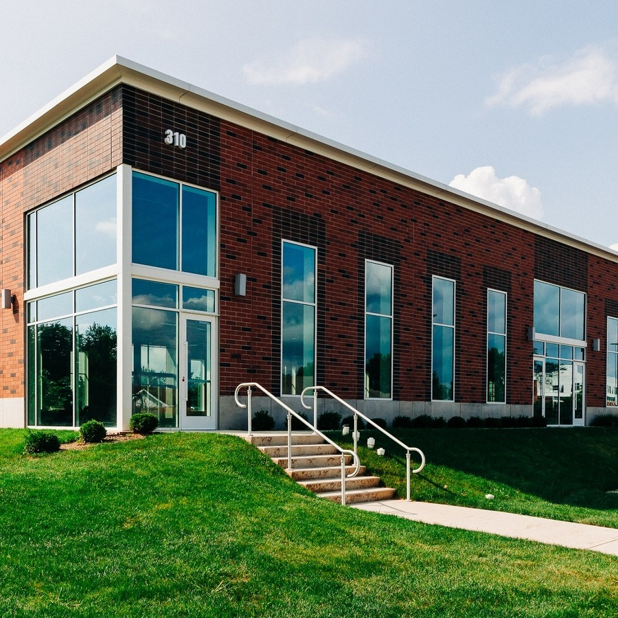 Cutting-Edge Carbon Science Center Opens at Innovation Park