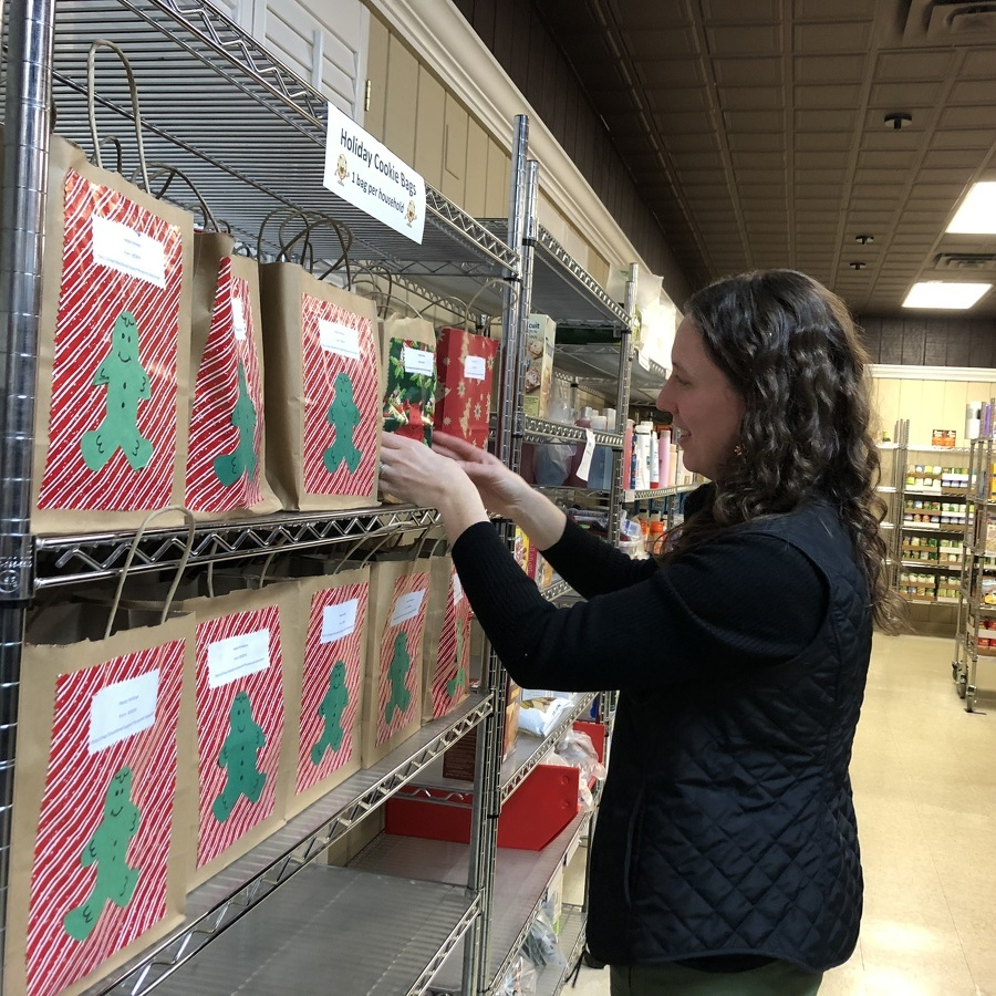 Food bank promotes choice, healthy options
