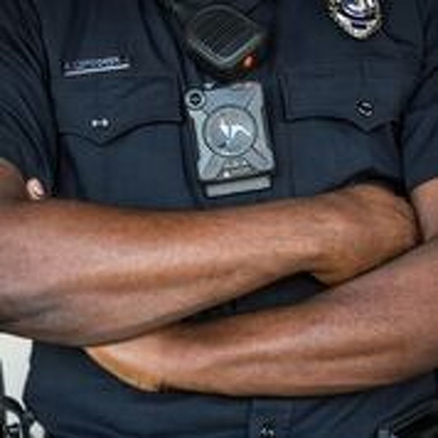 County corrections officers to get body cams